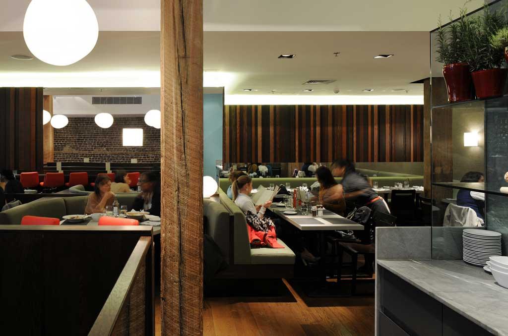 Strada Restaurant 8