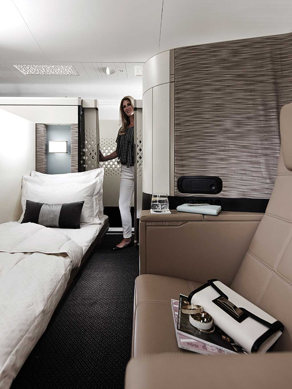 The Apartments First Class Suites, Etihad 7