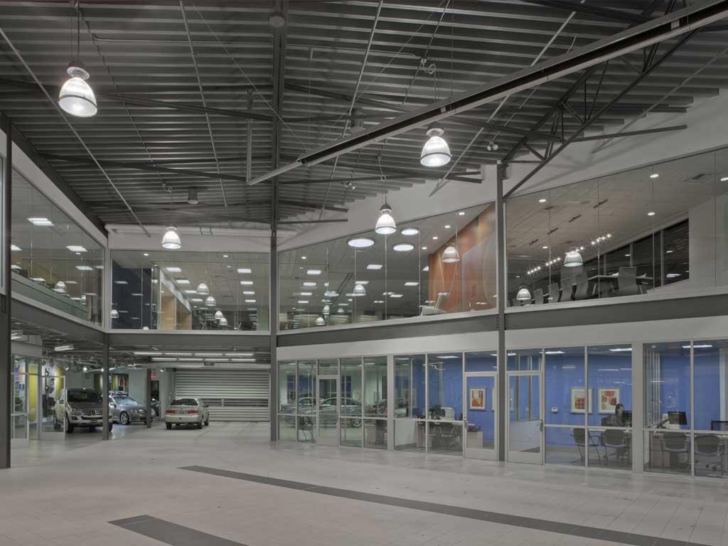 Mercedes Benz Autohaus 1