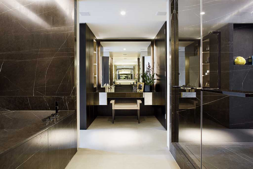 The Knightsbridge 7