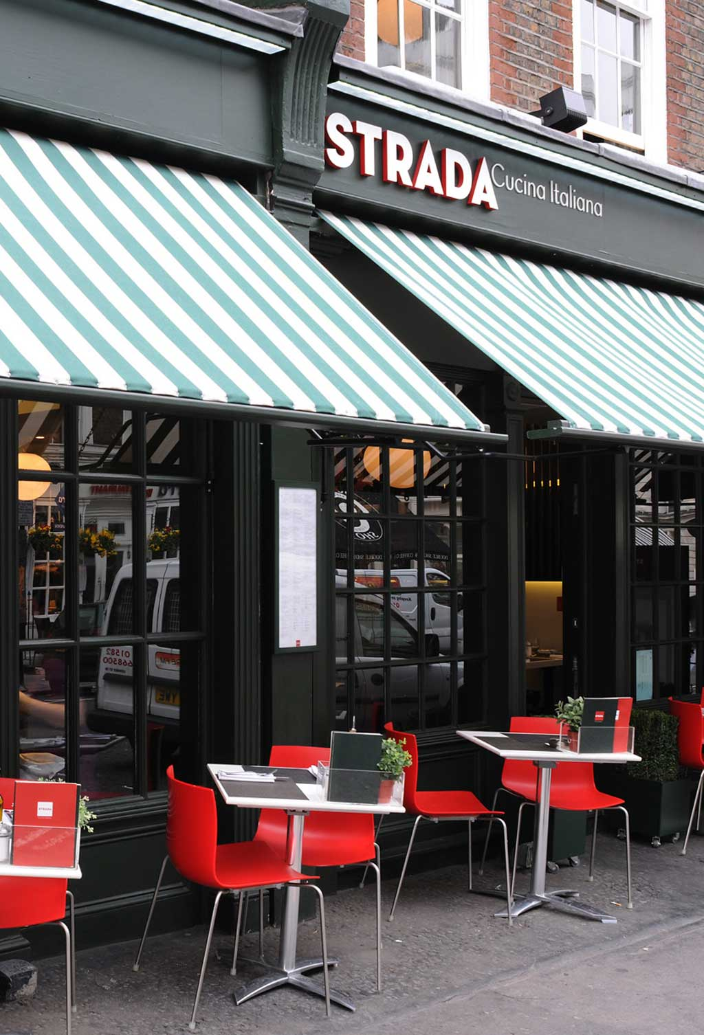 Strada Restaurant 4