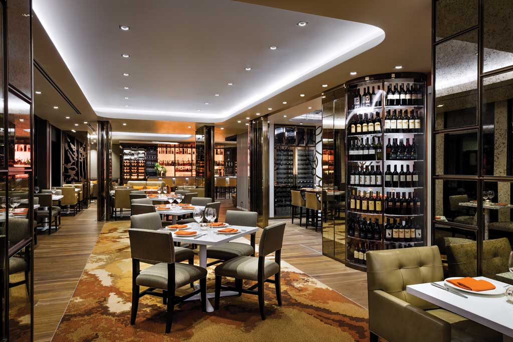 Stratus Bar & Restaurant 4