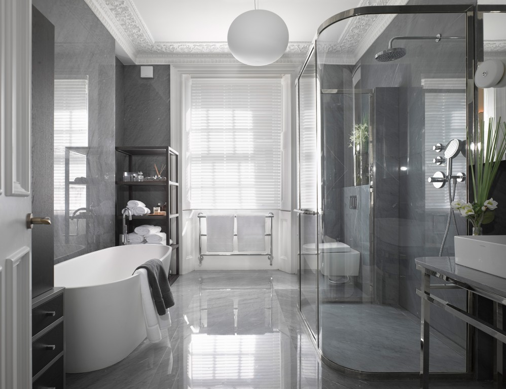 1000 images about bathrooms on pinterest for International decor bathrooms